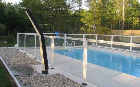 Crédit-Desjoyaux---barriere-piscine-desjoyaux-sp01-saint-vivien-de-medoc